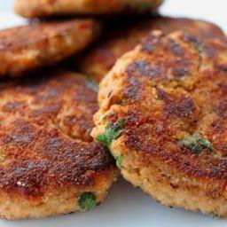 Crunchy Salmon Cakes