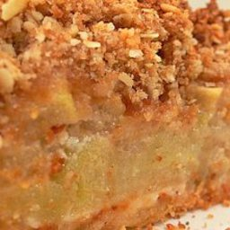 Deep Dish Apple Pie with Brandy Pecan Crumb Topping