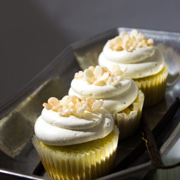 Double Vanilla Bean Cupcakes with Swiss Buttercream