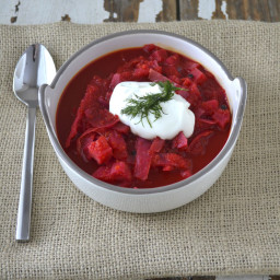 Easy Crockpot Borscht