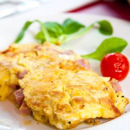 Easy Ham & Cheddar Omelet
