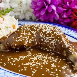 Easy Slow Cooker Mole with Grilled Chicken