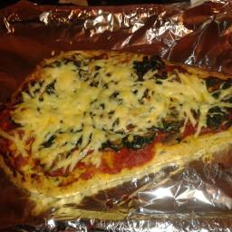 easy veggie naan pizza