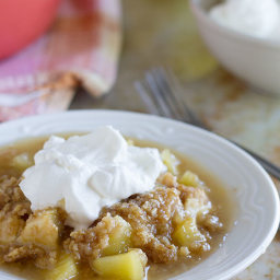 Easy Apple Crumble with Oatmeal and Coconut