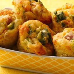 Easy Broccoli, Cheese and Ham Muffins