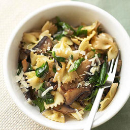 Farfalle with Mushrooms and Spinach