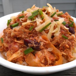 Fast and Easy Slow Cooker Spicy Shredded Chicken and Beans