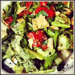 Fattoush {Middle Eastern Bread Salad}