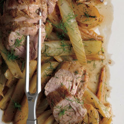 Fennel-Rubbed Pork Tenderloin with Roasted Fennel Wedges