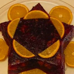 Festive Cranberry-orange Relish Mold