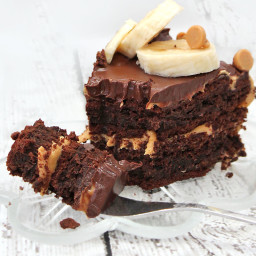 Flourless Chocolate Cake with Peanut Butter Icing