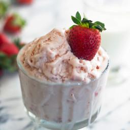 Fresh Buttermilk Strawberry Ice Cream