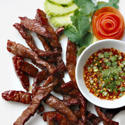 Fried Sun-Dried Beef (Thai Beef Jerky) with Dried Chilli Dipping Sauce from