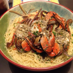 Crabs in garlic sauce