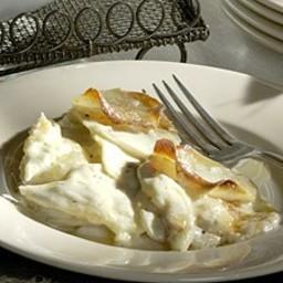 Garlic Scalloped Potatoes