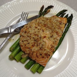 Garlic Parmesan Salmon  and  Asparagus Foil Pack