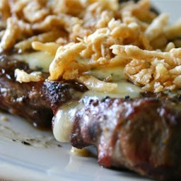 Garlic Rubbed Steak with Blue Cheese and French Fried Onions