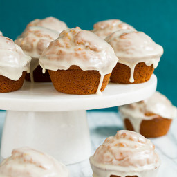 Gingerbread Doughnut Muffins