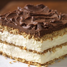 "Graham Cracker Eclair ""Cake"""