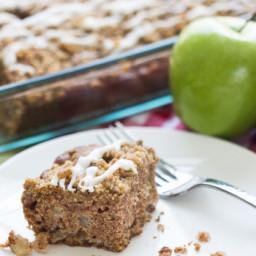 Graham Cracker Streusel Apple Cake