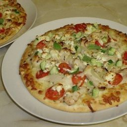 Grecian Chicken Gyros Pizza