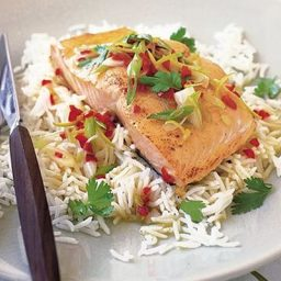 Grilled salmon with chilli and lime butter