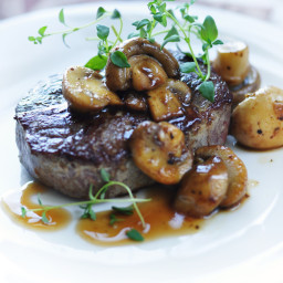 Grilled Sirloin Steak with Mushroom-Wine Sauce