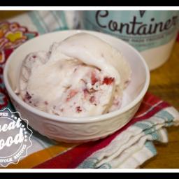 Haagen Daz Strawberry Ice Cream CopyCat