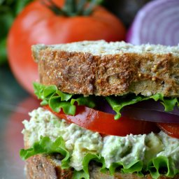 Heart-Healthy Tuna Avocado Salad Sandwich