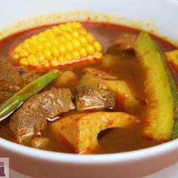 Hearty Beef soup (Mole de Olla)