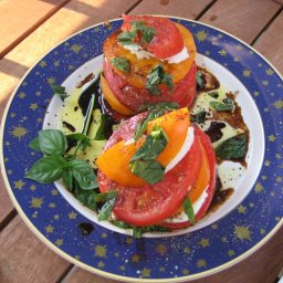 Heirloom tomato and mozzarella salad