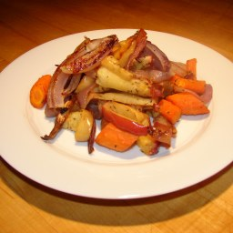 Herb-Roasted Apples, Onions and Carrots
