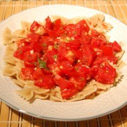 Herbed Garlic Rigati With fresh Tomatoes