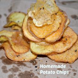 Homemade Black Pepper Potato Chips Recipe