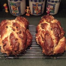 Houska (Bohemian Sweet Bread)