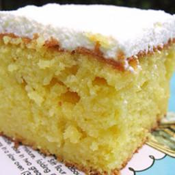 Island Poke Hole Cake