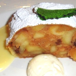 June Meyers Authentic Hungarian Apple Strudel (Almasretes)