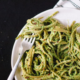 Kale, Hemp and Flaxseed Oil Pesto