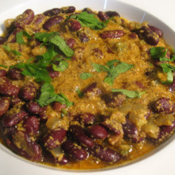 Kidney Beans with a Cardamom-Yogurt Gravy