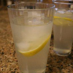 Kid's Easy Summertime Lemonade