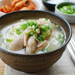 Korean Chicken Soup (Dak Gomtang)