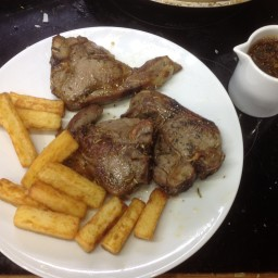 Lamb Chops with a Balsamic Reduction