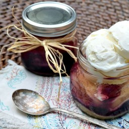 Layered Pie In a Jar - Apple Blueberry