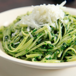 Linguini with Kale Pesto