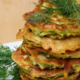 Little courgette pancakes