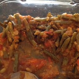 Loubiya bi zeit (green beans with oil)