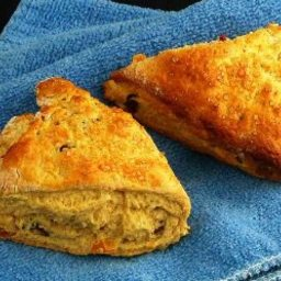 Low Fat  Dried Fruit Scones