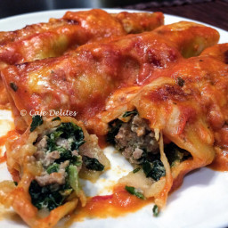 Low Fat Turkey, Spinach and Ricotta Cannelloni with a Creamy Tomato Sauce