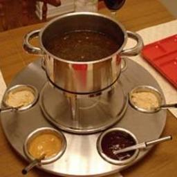 Main - Fondue for Chicken and Beef