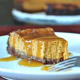 Maple Cream Pumpkin Cheesecake with Buttery Gingersnap Crust
